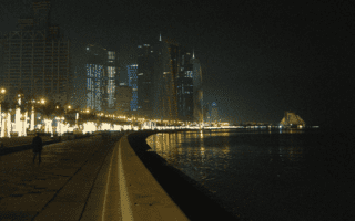 The Corniche: A walk along the Persian Gulf after dark
