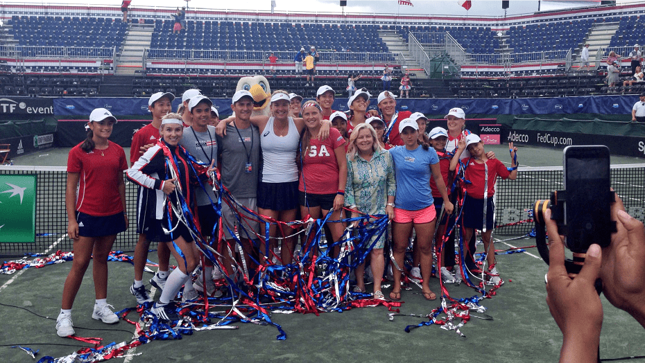 Team USA. Bethanie, Coco, Kathy, Shelby and Lauren pose with ball kids and Stacey Allaster, USTA Chief Executive.