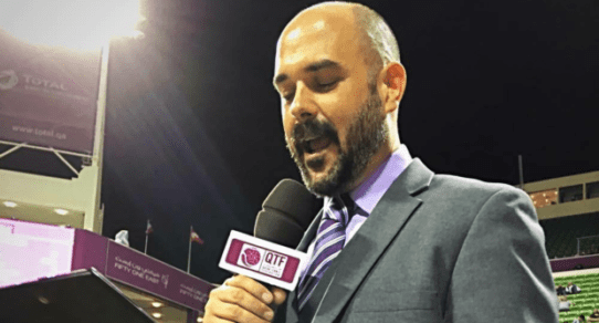 Andy Taylor. Announcer. Player Walkon. 2016 Qatar Total Open Championship Match